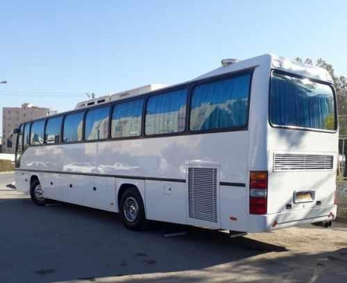 اتوبوس ۴۴نفره اماده همکاری با تورهای تفریحی